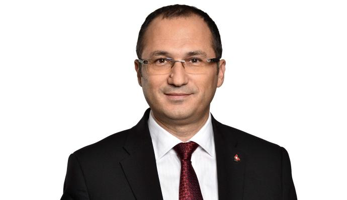 fahri-obek-turkiye-finans-1477635909_bilgisistemlerigmyfahri__bek